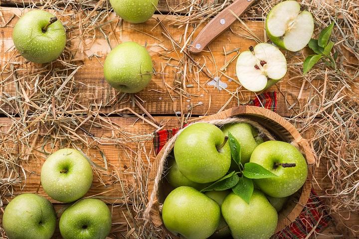 Ocet jabłkowy i jego właściwości.